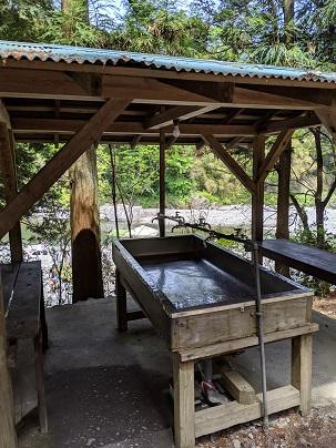 川井キャンプ場手洗い場