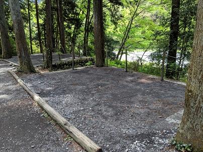 川井キャンプ場テントサイト