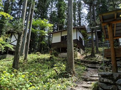 川井キャンプ場バンガロー