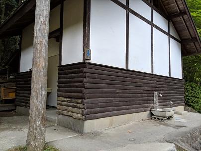 川井キャンプ場トイレ